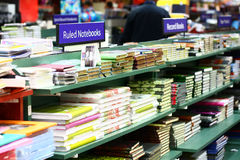 Магазин розничной торговли для образования и потребностей учить Стоковое Изображение RF