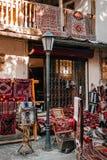 Магазин с handmade коврами стоковые фото