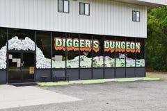 Магазин тележки изверга подземелья землекопа Северной Каролины Стоковое фото RF