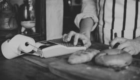 Магазин хлеба печет хлебопекарню муки теста стоковые фото