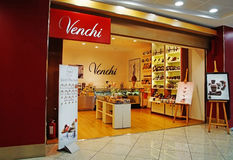 Магазин шоколада Venchi беспошлинно на авиапорте Италии Capodichino Неаполь Стоковые Изображения
