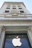 Магазин Apple в Барселона Стоковое Изображение RF