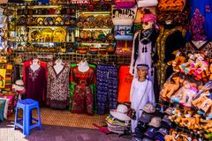 Магазин Bur Дубай Souk стоковое изображение
