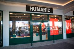 Магазин Humanic в Parndorf, Австрии Стоковое Изображение