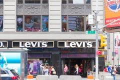 Магазин Levis в Нью-Йорке стоковое изображение rf