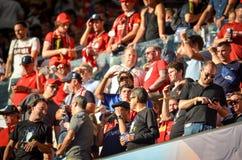 Мадрид, Испания - 1-ОЕ МАЯ 2019: Вентиляторы Ливерпуля в стойках поддерживают команду во время финального матча 2019 лиги чемпион стоковые изображения rf