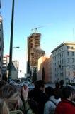 МАДРИД - 13-ОЕ ФЕВРАЛЯ: , который сгорели строя башня Виндзора в Мадриде Стоковая Фотография