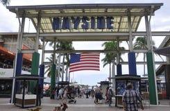 Майами, 9-ое августа: Рынок Bayside от Майами в Флориде США стоковые фотографии rf