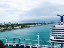 Майами, США - 5-ое января 2014: Туристическое судно Concuest масленицы Стоковая Фотография RF