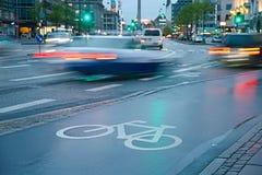 Майна велосипеда в дожде Стоковое Фото