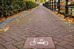 Майна велосипеда подписывает внутри Амстердам Стоковое Изображение RF