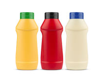 Майонез и мустард кетчуп отсутствие бутылок пластмассы ярлыка Стоковое Изображение RF