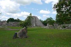 Майяская культура Мексика Pyramide руин mayapan Стоковое фото RF