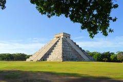 Майяское Kukulcan El Castillo, Chichen Itza, Мексика Стоковая Фотография RF
