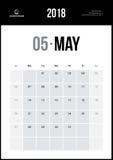 Май 2018 Минималистский календарь стены Стоковая Фотография RF