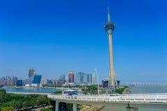 МАКАО, КИТАЙ 11-ОЕ МАЯ 2017: Известная башня путешествовать Макао, городское ladscape около реки в Макао Азии Стоковое фото RF