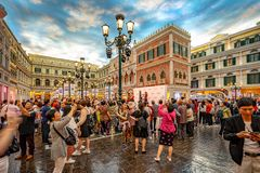 Макао, Китай - 23-ье апреля 2019: Венецианский интерьер казино стоковые фотографии rf