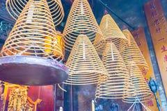 МАКАО - 13-ое декабря 2015: Круговые ладаны на Сэм Kai Vui Kun (Guandi Стоковое Изображение RF