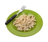 макаронные изделия зеленого цвета вилки тарелки Стоковое Изображение RF