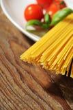 макаронные изделия итальянки ингридиентов Стоковые Изображения