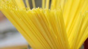 Макаронные изделия спагетти сток-видео