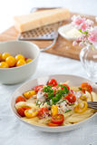 макаронные изделия тарелки свежие Стоковое Фото