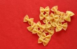 макаронные изделия farfalle Стоковое Фото