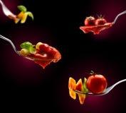 Макаронные изделия базилика и томатный соус Стоковые Фотографии RF