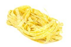 макаронные изделия гнездя fettuccine итальянские Стоковые Изображения RF