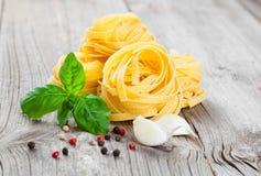 макаронные изделия гнездя fettuccine итальянские Стоковые Фотографии RF