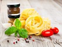 макаронные изделия гнездя fettuccine итальянские Стоковое фото RF