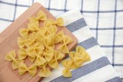 макаронные изделия крупного плана итальянские uncooked Стоковые Изображения RF