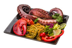 Макаронные изделия морепродуктов с восьминогом и омаром Стоковое Фото