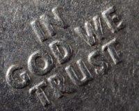 Макрос в боге мы доверяем Стоковая Фотография RF
