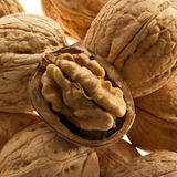 Макрос грецких орехов стоковое фото rf