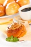Макрос завтрака крена циннамона Стоковые Фото