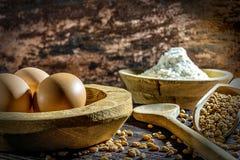 макрос ингридиентов еды муки яичек Стоковые Фотографии RF