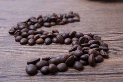 макрос кофе завтрака фасолей идеально изолированный над белизной Стоковое Изображение