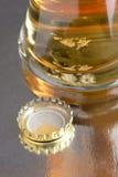 Макрос крышки пива Стоковая Фотография