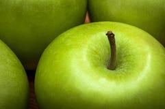 Макрос очень вкусных зеленых яблок Стоковые Фотографии RF