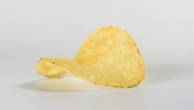 Макрос одной картофельной стружки Стоковые Изображения