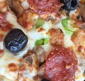 Макрос пиццы стоковое изображение rf