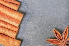 Макрос ручек циннамона и анисовки звезды Стоковые Фотографии RF