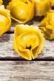 Макрос снятый макаронных изделий tortellini Стоковые Фотографии RF