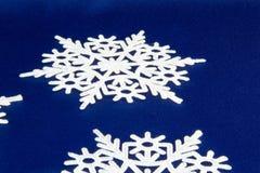 Макрос снятый от снежинки абстрактная зима предпосылки Стоковые Изображения