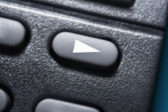 Макрос черной кнопки игры на черном дистанционном управлении для аудиосистемы стерео Hifi Стоковое Изображение RF