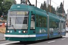 МАКСИМАЛЬНЫЙ светлый трамвай рельса в Портленде, Орегоне стоковые фото
