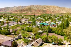 Малая деревня в Таджикистане стоковые изображения rf