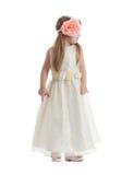 Маленькая девочка в длиннем платье стоковое изображение rf