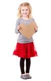 Маленькая девочка держа сердце стоковая фотография